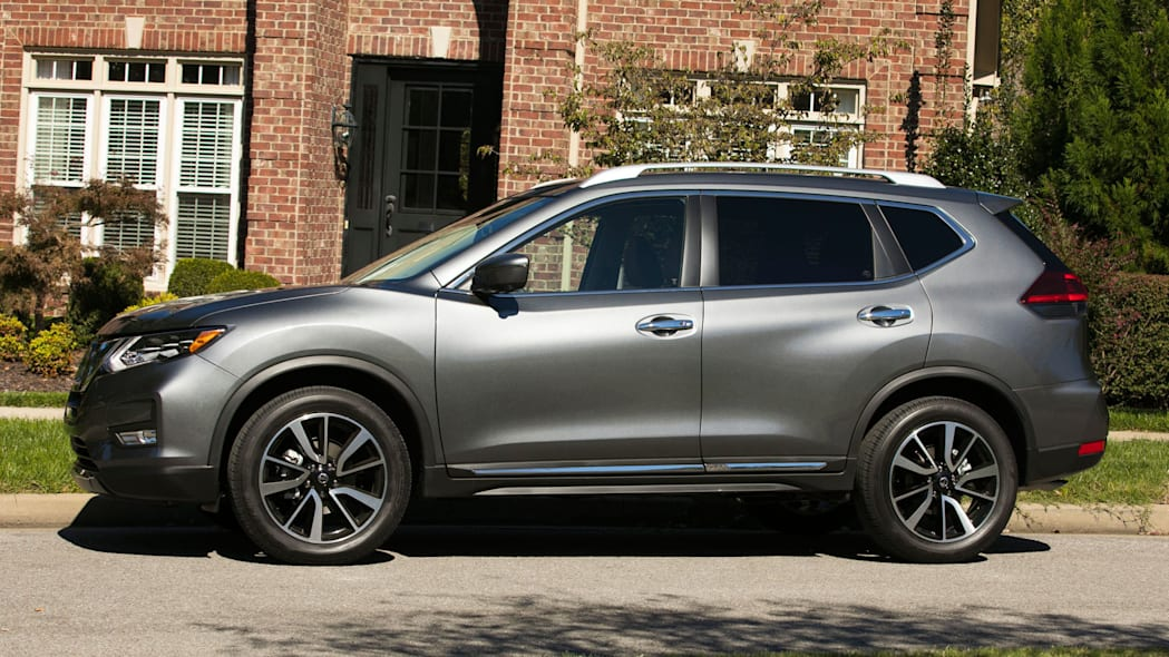 2018 Nissan Rogue Buyer S Guide With Specs Safety And