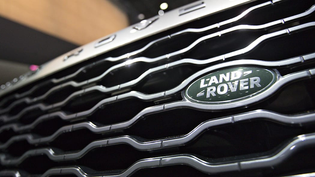 Land Rover grille and badge