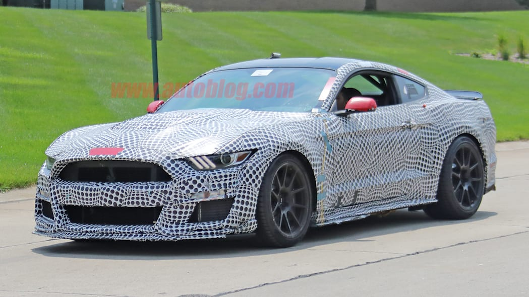 2020 Ford Mustang Shelby GT500 may get dual-clutch ...