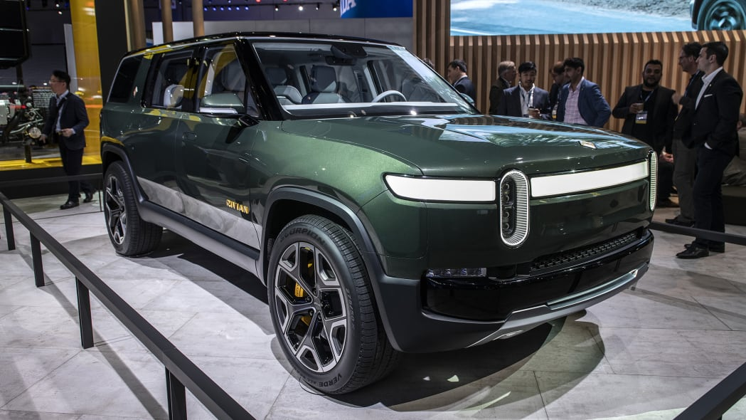 Rivian R1T and R1S will offer four roof options