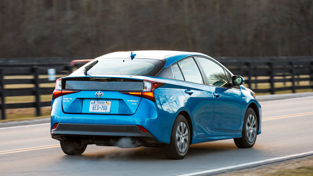 How to Drive a Prius in the Winter | YourMechanic Advice