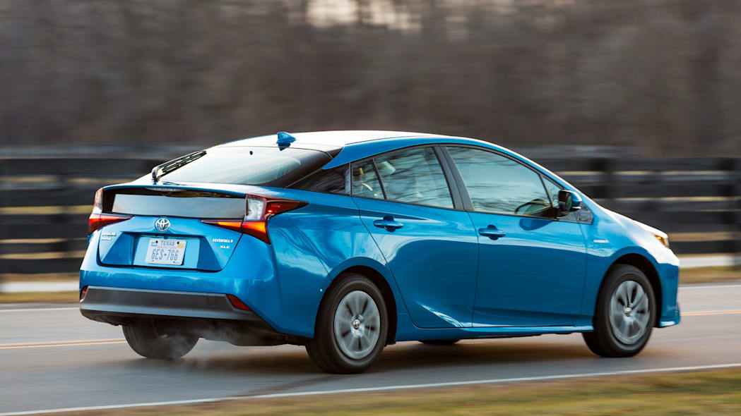 Road Test: Toyota Prius in the Snow - Green Car Reports