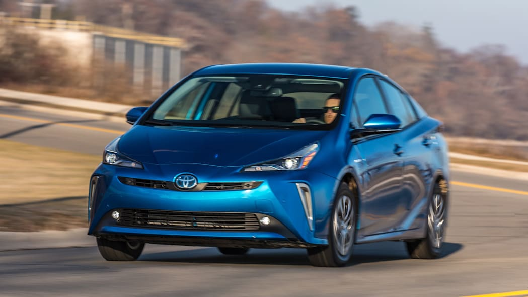 2019 Toyota Prius Pricing, Features, Ratings and Reviews ...