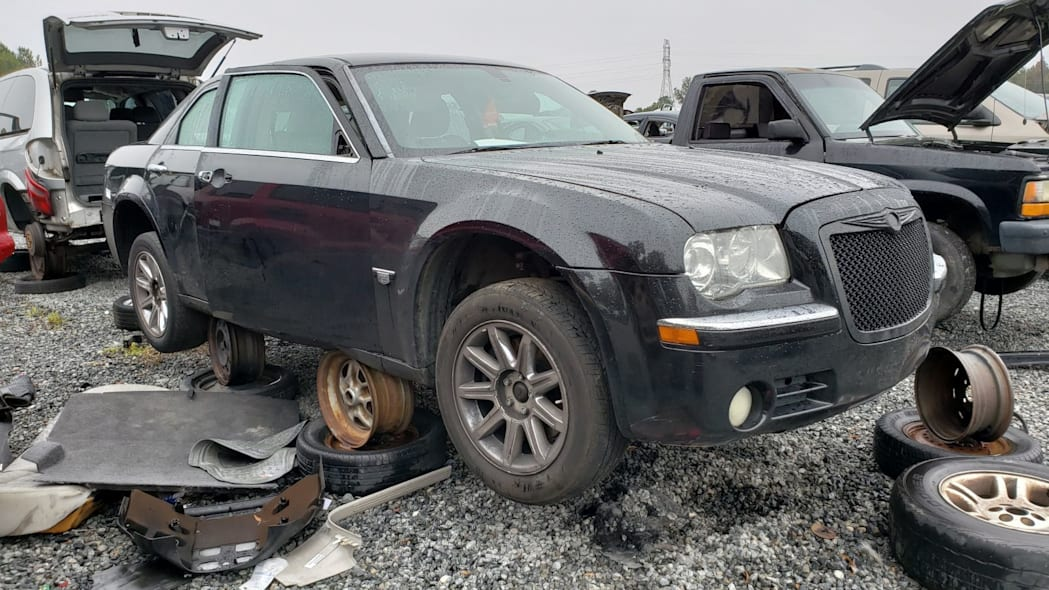 Junked 2006 Chrysler 300C