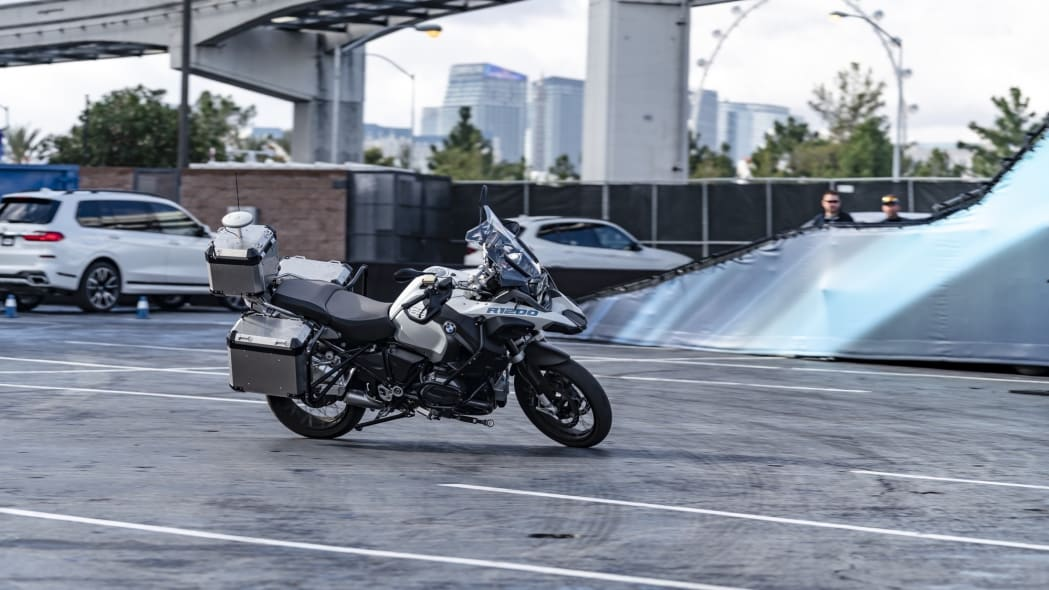 BMW Self-Driving Motorcycle at CES 2019