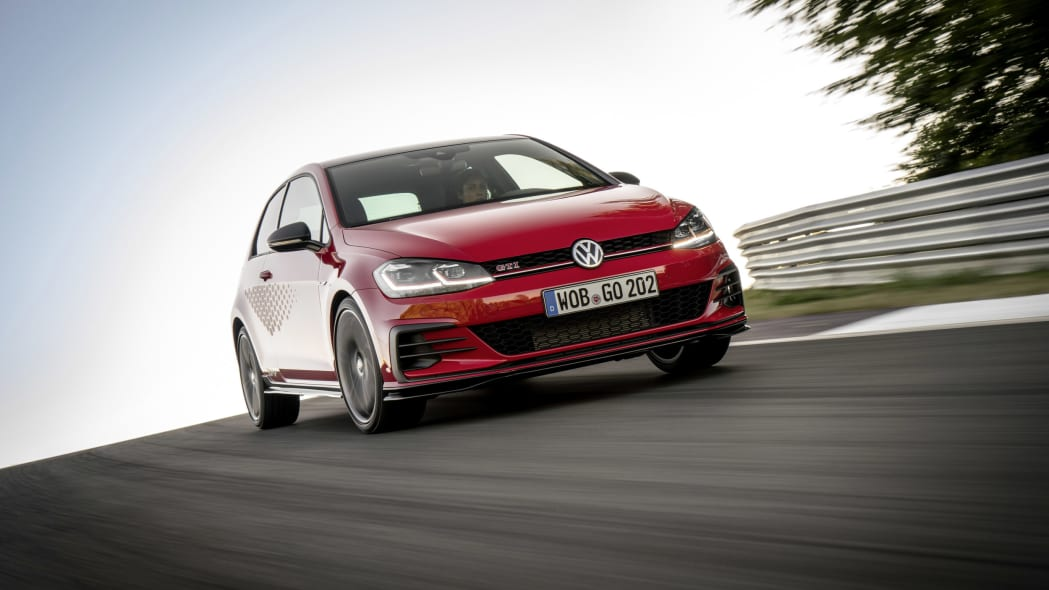 VW unveils production Golf GTI TCR for overseas