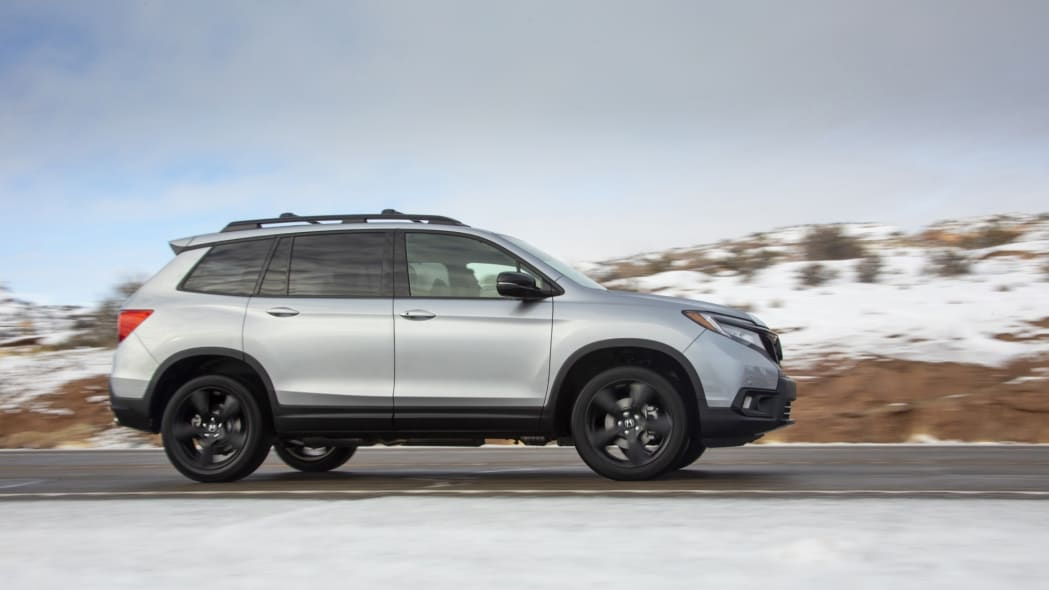 2019 Honda Passport Side View
