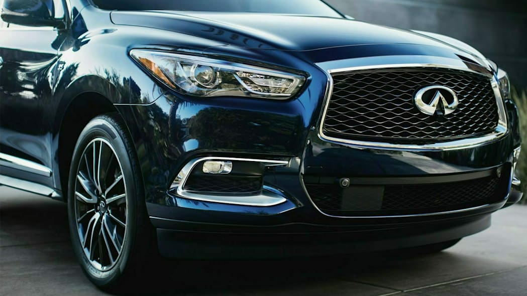 Infiniti QX60 front view