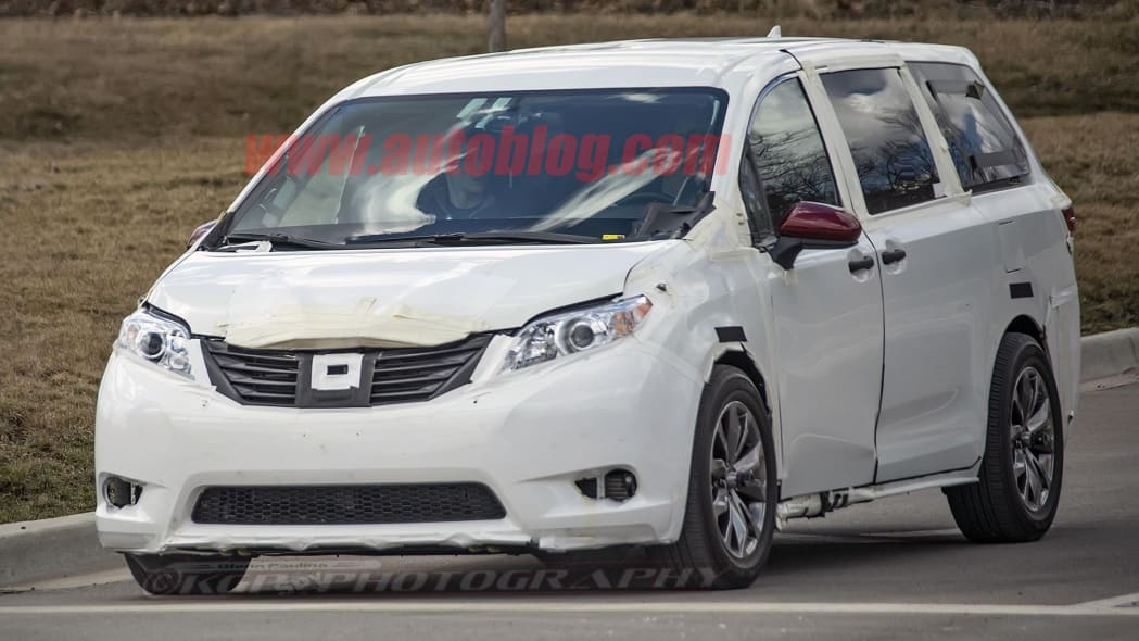 Next-generation Toyota Sienna spied with wider track and longer wheelbase