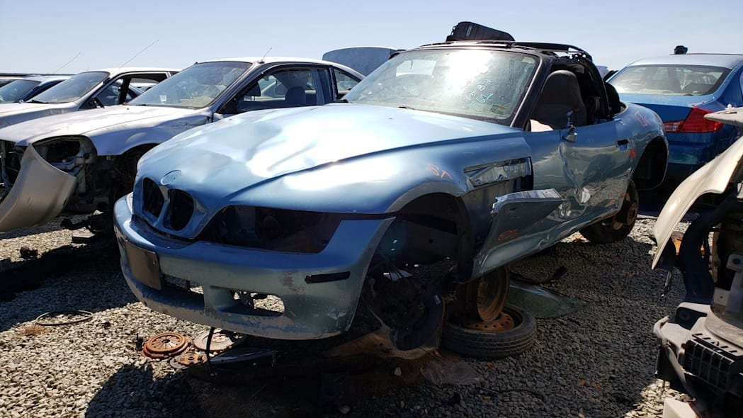 Junked 1996 BMW Z3 Roadster
