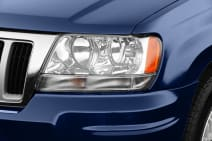 2004 Jeep Grand Cherokee Safety Features
