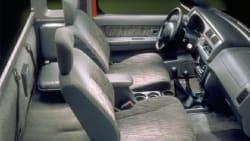(Desert Runner SE-V6) 4x2 King Cab 116.1 in. WB