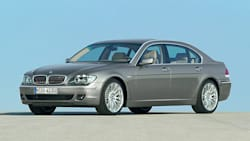 (i) 4dr Rear-wheel Drive Sedan