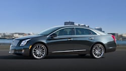 (Luxury) 4dr All-wheel Drive Sedan