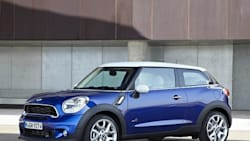 (Cooper S) 2dr Front-wheel Drive Sport Utility