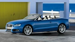 (3.0 Premium Plus) 2dr All-wheel Drive quattro Cabriolet