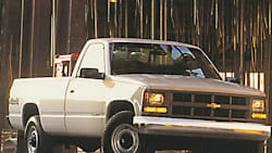 (Base) 4x4 Regular Cab 8 ft. box SRW