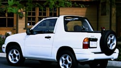 2000 Chevrolet Tracker Specs and Prices