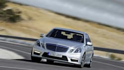 (Base) E 63 AMG 4dr Rear-wheel Drive Sedan