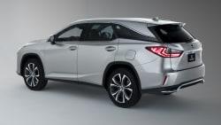 (Premium) 4dr Front-wheel Drive
