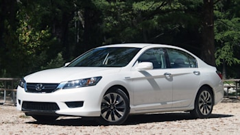2014 Honda Accord Hybrid: Review