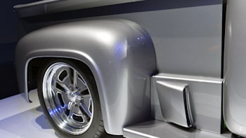 Ford F-100 'Snakebit' shown off by Gene Simmons and Shannon