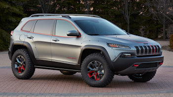 Lifted Jeep Cherokee >> Why Mopar Won T Release A Factory Lift Kit For The New Jeep Cherokee