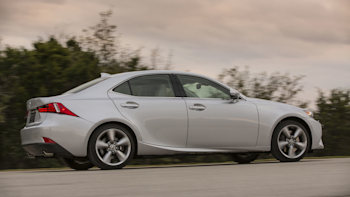 Lexus gives IS early updates for 2015 | Autoblog