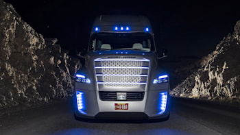 Freightliner Inspiration: the self-driving semi truck is