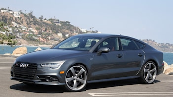 2016 Audi S7 Front 3 4 View