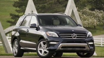Mercedes Ml400 Quick Spin Front Angle