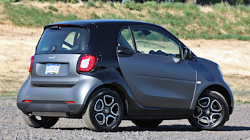 2016 Smart Fortwo Rear 3 4 View