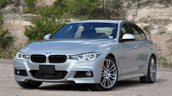 2016 Bmw 3 Series Front 4 View