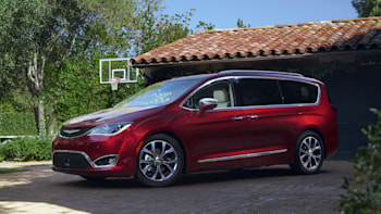 2017 Chrysler Pacifica Front 3 4 In Red
