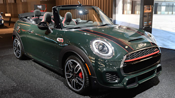 Mini John Cooper Works Convertible Gets A Belated Show Debut Autoblog