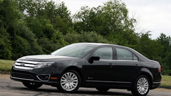 2010fordfusionhybrid Review002