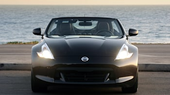 First Drive 2010 Nissan 370z Roadster Shrugs Off The Convertible