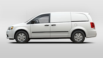 Chrysler town and country dimensions cargo