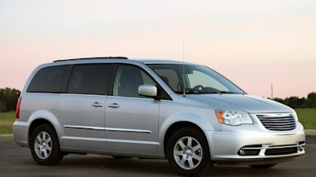 2017 Chrysler Town Country Touring