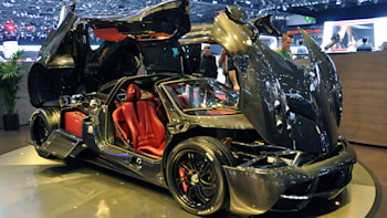 Pagani Huayra Carbon Edition Is All Things Right In The World Autoblog