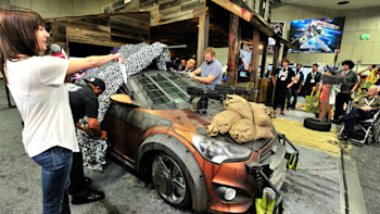 Hyundai Shows Walking Dead Veloster Zombie Survival Machine At Comic