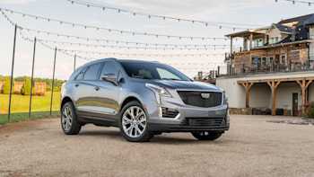 2020 Cadillac XT5 Review, Interior, Price, Specs >> 2020 Cadillac Xt5 Debuts With Small Styling Updates And A