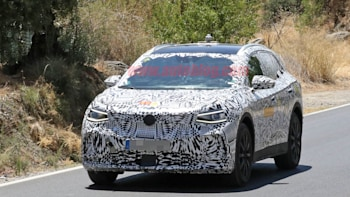 VW ID Crozz Electric Crossover SUV: Design, Release >> Volkswagen Id Crozz Spied With Production Body For The First Time
