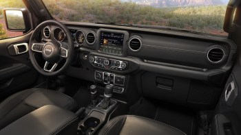 Jeep Wrangler Interior >> 2020 Jeep Wrangler Review Price Specs Features And