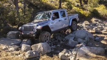 Jeep Gladiator 2016 >> 2020 Jeep Gladiator Rubicon Off Road Drive On The Rubicon