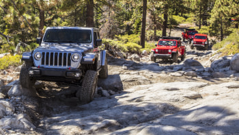 Jeep Wrangler Off Road >> 2020 Jeep Gladiator Rubicon Off Road Drive On The Rubicon