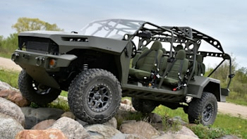 Chevy Military Trucks For Sale >> Gm Develops Chevy Colorado Based Army Truck Ricardo Does