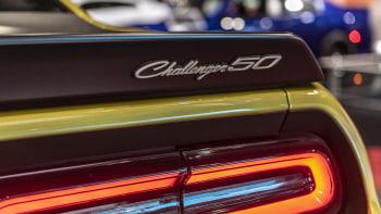 Car Pictures Review: Dodge Challenger 2020 Exterior