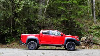 2020 chevy colorado zr2 bison second drive off road highway driving diesel fuel economy autoblog 2020 chevy colorado zr2 bison second