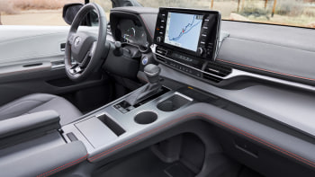2021 Toyota Sienna hybrid minivan revealed with photos, specs ...